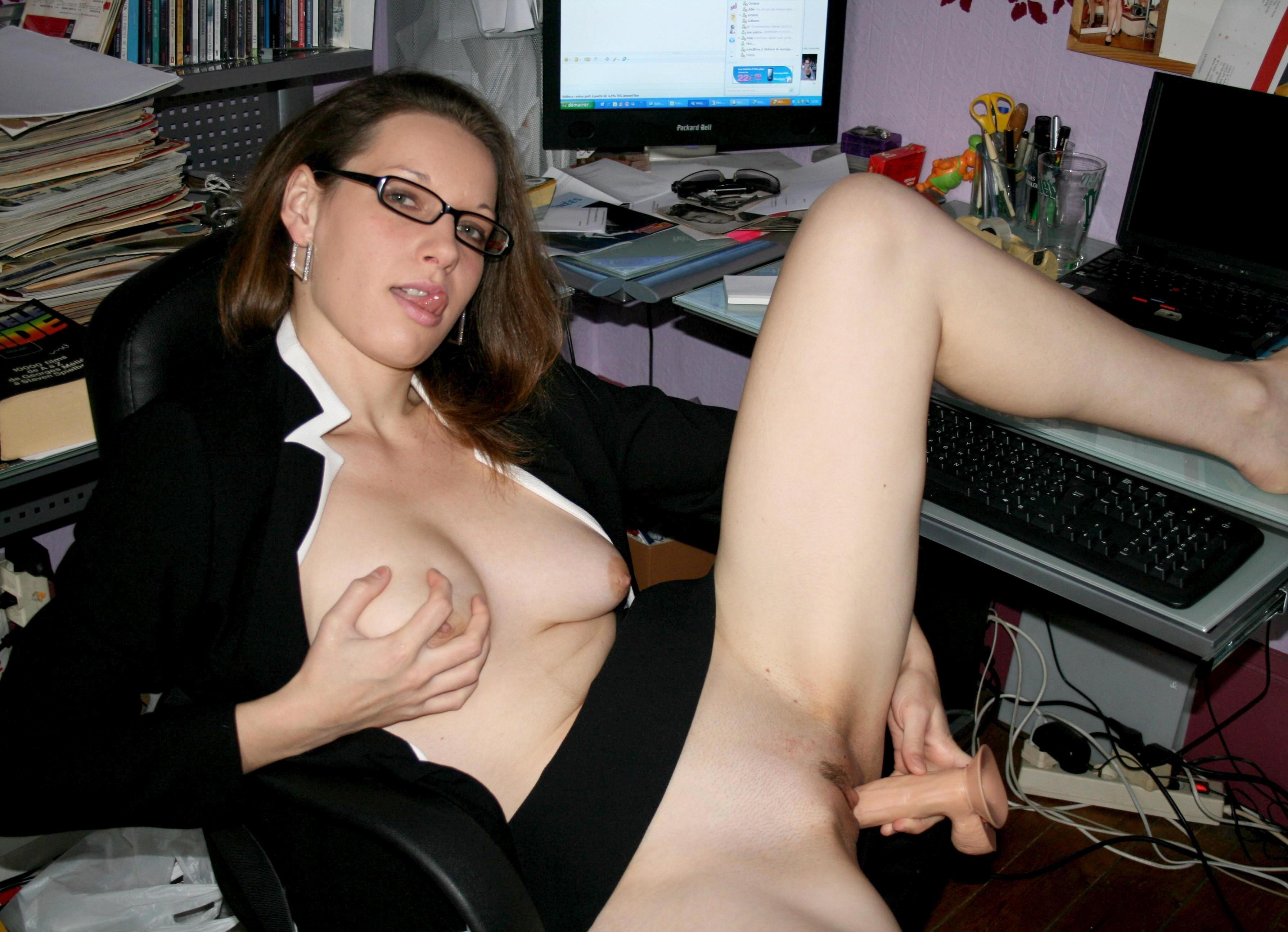 Фото мастурбации за компьютером 11 фотография